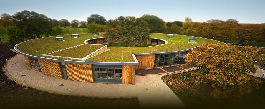 british-horse-society-green-roof 900x370